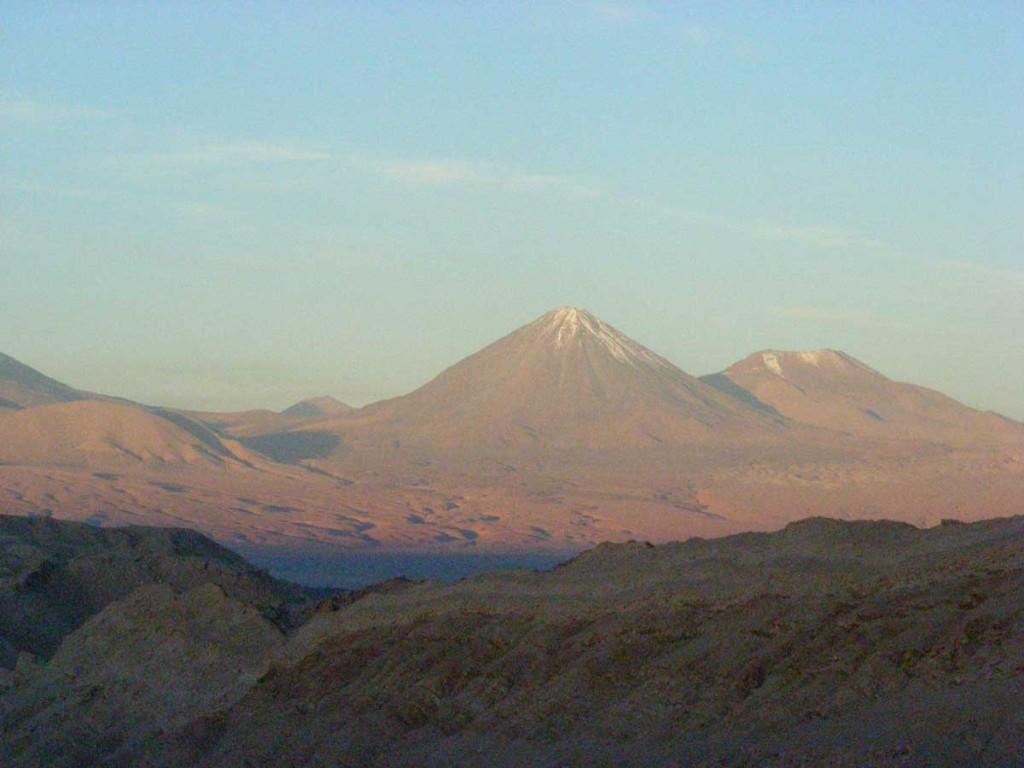 Licancabur, above the Salar de Atacama, towards sunset